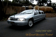 007 LeGrand Limousine Central Ford LTD Super Stretch wedding limo hire